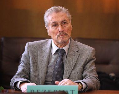 Guvernul a decis sa ii acorde fostului presedinte Constantinescu un ajutor financiar de...