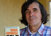 """In 1990, Mircea Cartarescu il ridica in slavi pe Ion Iliescu: """"Despre Ion Iliescu auzisem deja de cativa ani tot felul de legende. Mi-e neclar prin ce mecanism a ajuns in locul unde se afla acum, dar mi se pare omul cel mai potrivit!"""""""