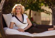 Ea este creatoarea de moda ajunsa consilier la MTS care se declara saraca lipita pamantului! Adela Diaconu a fost si prezentatoare tv