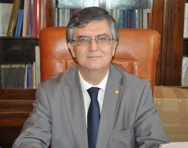 Rectorul Universitatii Bucuresti are venituri substantiale! Mircea Dumitru a fost si...