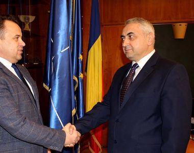"""Ministrul Educatiei, caracterizat ca """"exaltat hormonal"""" de fostul rector al..."""