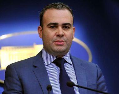 Ce avere are Darius Valcov, politicianul angajat in calitate de consilier al...