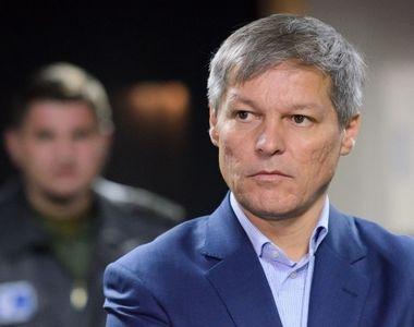 Cioloş, scrisoare către România: Vă rog să nu vă lăsaţi păcăliţi de un referendum...