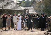 Nunta in mijlocul drumului. Un drum dintr-o comuna gorjeana a fost blocat trei zile din cauza unui cort