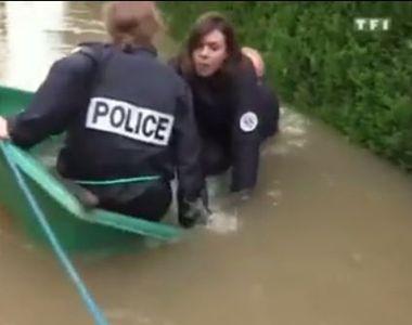 Un videoclip cu trei politisti francezi intr-o barca a devenit viral pe internet. Desi...