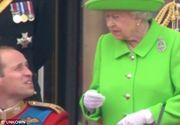 """Ridica-te, William!"" Momentul amuzant cand Regina Elisabeta a II-a il atentioneaza pe Printul William la o ceremonie. Imaginile au devenit virale"