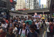 Peste 4.000 de persoane au protestat pe strazile din Hong Kong, dupa arestarea a cinci librari care au vandut carti in care erau criticati liderii chinezi