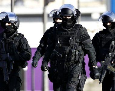 ATAC armat in Franta. Doi barbati au fost impuscati mortal