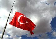 Zi de doliu national pentru Turcia. Drapelele vor fi coborate in berna pe tot parcursul zilei