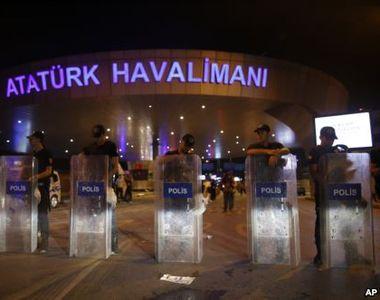 """Turcia: """"Atacul de pe aeroportul Ataturk impune sporirea masurilor de siguranta pe..."""
