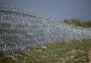Croatia a inceput construirea un gard la granita cu Serbia. Bariera metalica este menita sa limiteze trecerea imigrantilor extracomunitari