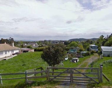 Un mic oras din Noua Zeelanda are o singura problema: prea multe locuri de munca si...