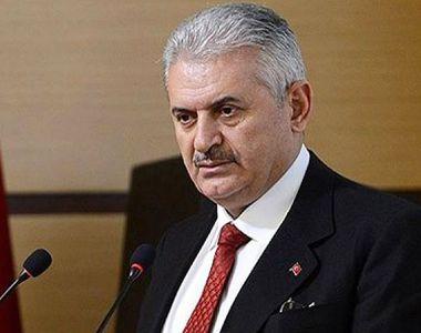 Premierul Turciei a anuntat ca lovitura de stat a fost blocata si ca situatia este...
