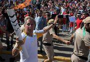 Ceremonia de purtare a tortei olimpice a fost intrerupta la Rio. Protestatarii furiosi au stins flacara