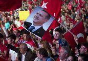 Turcia sarbatoreste! Milioane de cetateni turci au iesit pe strazi pentru a celebra democratia