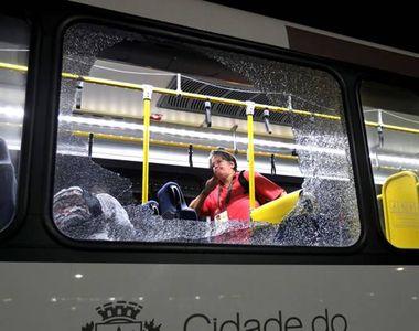 Rio 2016: Autobuzul in care se aflau jurnalistii straini a fost atacat. Trei dintre...
