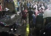 Turisti straini raniti in urma unor atentate in Thailanda. Bombele au fost ascunse in ghivecele de pe trotuare. 4 persoane au murit, iar alte 21 au fost ranite