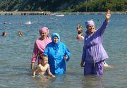 """Costumele de baie de tip """"burkini"""", interzise pe plajele de la Cannes"""