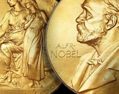 Premiul Nobel pentru fizica pe 2016 a fost castigat de cercetatorii David Thouless,...