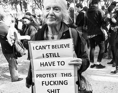 Imaginile care au facut inconjurul lumii. Zeci de mii de femei au protestat in Polonia...