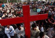Torturat si obligat sa asculte strigatele de disperare ale surorii sale care era violata, pentru ca a refuzat sa se converteasca la islam