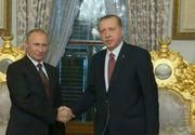 Vladimir Putin a facut o vizita istorica la Istanbul. La un an de la scandalul izbucnit intre Rusia si Turcia, cei doi sefi de stat au semnat un acord important