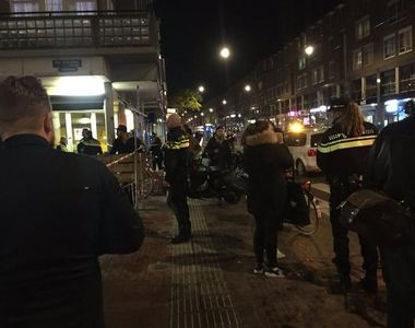 Atac armat in Amsterdam. Trei persoane au fost ranit dupa ce un barbat a deschis focul