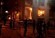 Parlamentul din Paraguay a fost incendiat de catre mai mult protestatari. Acestia sunt nemultumiti de o lege ce ii permite presedintelui sa mai candideze inca o data