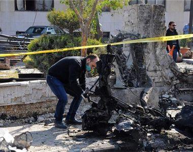 Zeci de refugiati, militari si pompieri au fost ucisi intr-un atentat care a vizat...