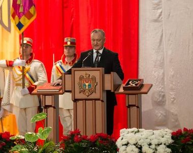 "Autoritatile moldovene au declarat cinci diplomati rusi ""persona non grata""...."