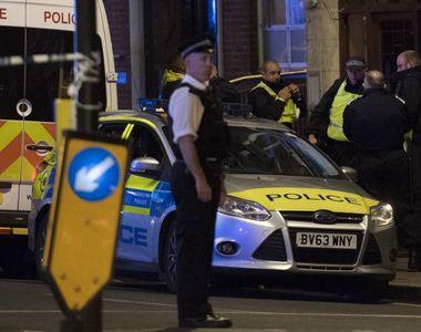 Politia metropolitana anunta ca a arestat 12 persoane in legatura cu atacul de la...