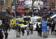 """Parea ca vrea sa scape de panica"". Un sofer a intrat cu un camion intr-un taxi, la Stockholm"