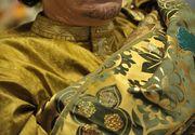 """""""Nu-ti fie teama. Sunt tatal tau. Sunt si fratele, si iubitul tau"""", i-a spus Gaddafi unei fete de 15 ani, pe care a transformat-o in sclava lui sexuala"""