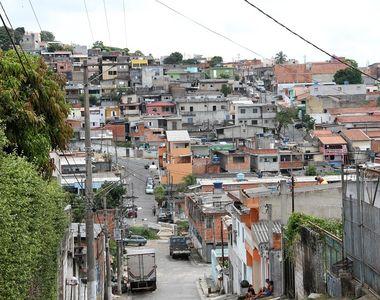 A fost impuscata in abdomen dupa ce a condus din greseala intr-o favela din Rio de...
