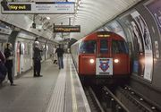 Una dintre cele mai aglomerate statii de metrou din Londra, evuacuata dupa explozia unei tigari electronice