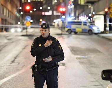 Politist injunghiat in spate si in gat la Stockholm; un suspect arestat