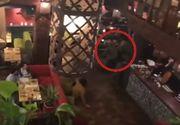 Imagini ca in filme cu rapirea fostului presedinte georgian la Kiev! Mihail Saakasvili a fost luat pe sus de cativa indivizi in costume de camuflaj verzi si cu fetele acoperite