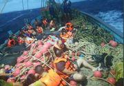 Cel putin 49 de persoane sunt disparute! O nava cu turisti s-a scufundat in larg