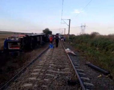Dezastru de proportii! 24 de persoane au murit, dupa ce trenul in care se aflau a deraiat
