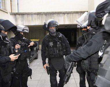 Sapte persoane ranite intr-un atac la Paris - Inca nu se stie daca e vorba de un nou...