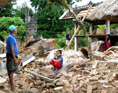 Bilanţului victimelor cutremurului urmat de un tsunami pe Insula indoneziană Sulawesi...