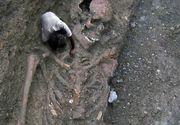 Misterul uriasilor care au trait in Muntii Buzaului. Legenda are la baza un adevar istoric: o necropola cu schelete lungi de 2.4 m, la marginea satului Scaieni
