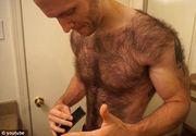 Un fost campion la barba s-a ras pe piept si pe spate pentru a intra intr-un concurs de bodybuilding