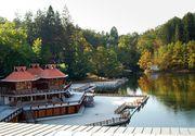Lacul Ursu din Romania detine trei recorduri mondiale! Este unul dintre cele mai frecventate locuri din tara!