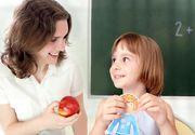 O profesoara a folosit doua mere pentru a arata efectele pe care hartuirea le poate avea asupra unei persoane. Explicatia ei a cucerit internetul, iar copiii au ramas muti de uimire