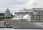 Cel mai mare iaht privat din lume a ajuns la Londra. Cum arata nava care ofera apartamente de lux pentru 8.5 milioane de lire