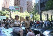 Gest nebun al feministelor din America. Au iesit pe strada in bustul gol pentru a promova egalitatea de gen