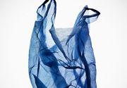 Prea rusinat sa cumpere un prezervativ, un tanar a folosit o punga de plastic ca masura de protectie. Atat el, cat si partenere lui au ajuns la spital cu rani, dupa ce au intretinut relatii sexuale