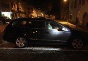 Un copil de doi ani a fost lasat singur in masina, in toiul noptii. In acest timp, mama sa se distra in club cu prietenii