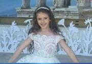 """O fetita de 6 ani din Romania a cucerit intreaga lume cu frumusetea ei. Sara Buzdun a luat locul I la concursul """"Little Miss World"""""""